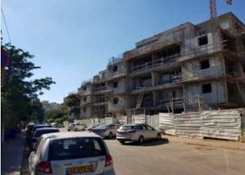בבנייה יולי 2018