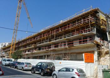 בנייה יולי